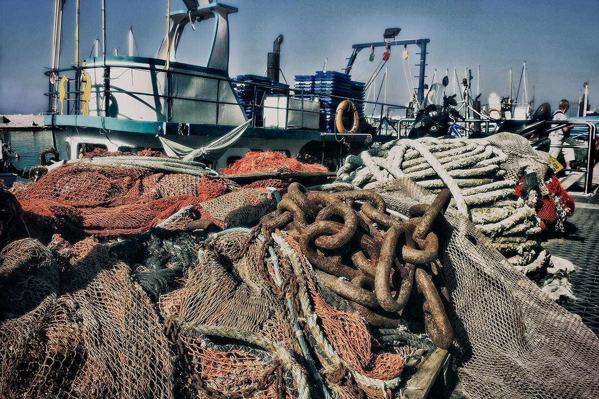"photo ""In the fishing port ..."" tags: travel, technics, reporting,"