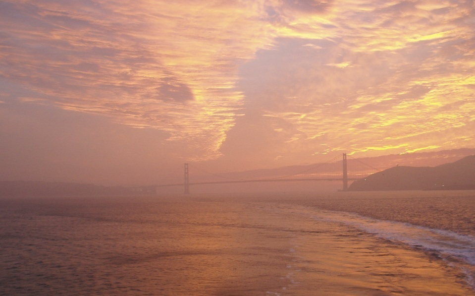"photo ""Golden Gate"" tags: misc.,"