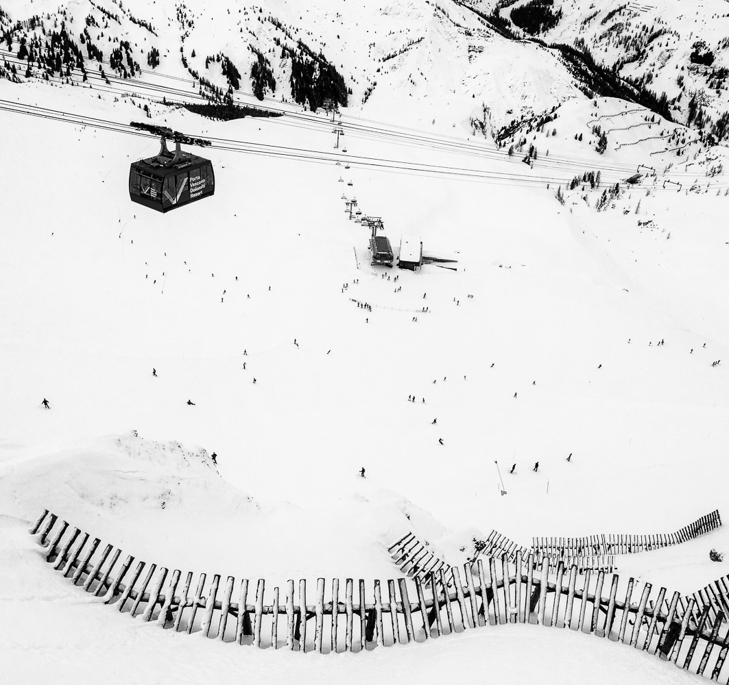 "photo ""***"" tags: black&white, landscape, travel,"