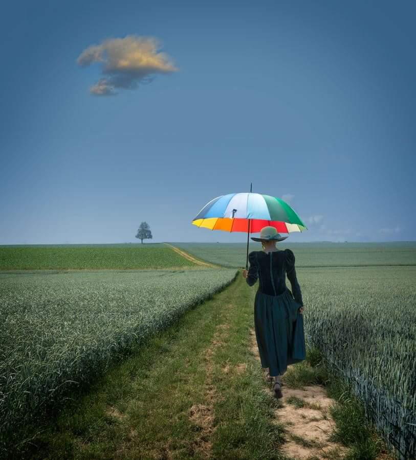 """photo """"Die Dame mit dem Sonnenschirm."""" tags: digital art, landscape,"""