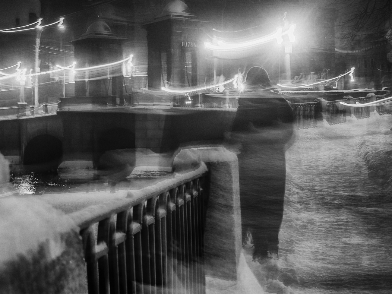 "photo ""***"" tags: street, winter, Петербург, силуэт"