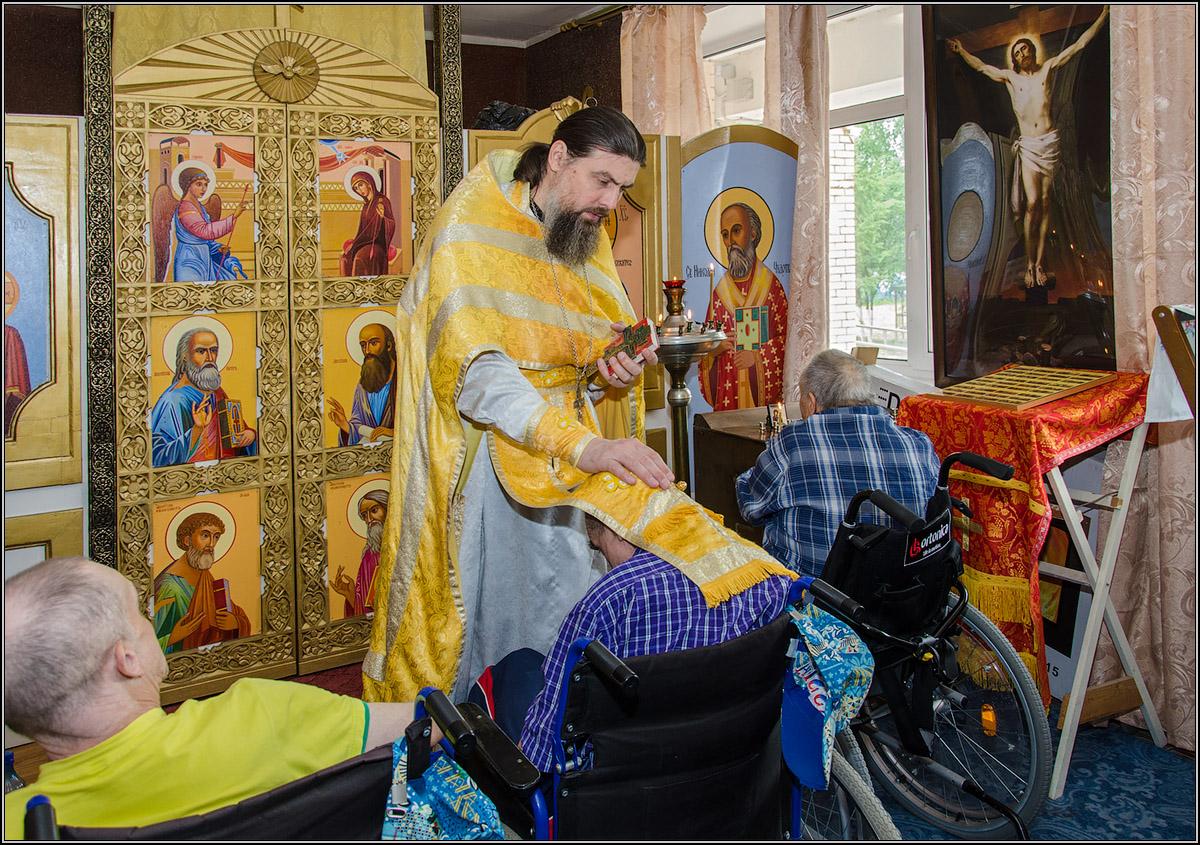 "photo ""***"" tags: reporting, литургия, православие"