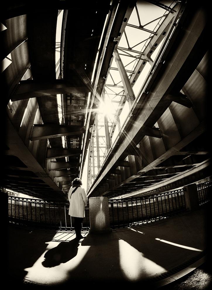 "photo ""***"" tags: street, city, Американские мосты, Петербург, свет и тень"