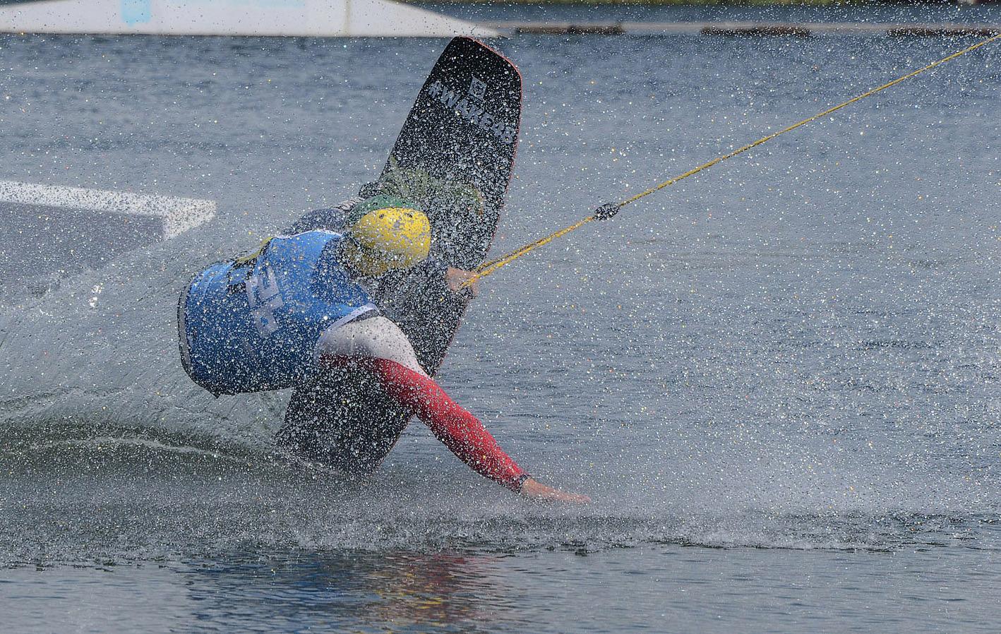 "photo ""***"" tags: sport, beach, summer, water, водный скейтборд"
