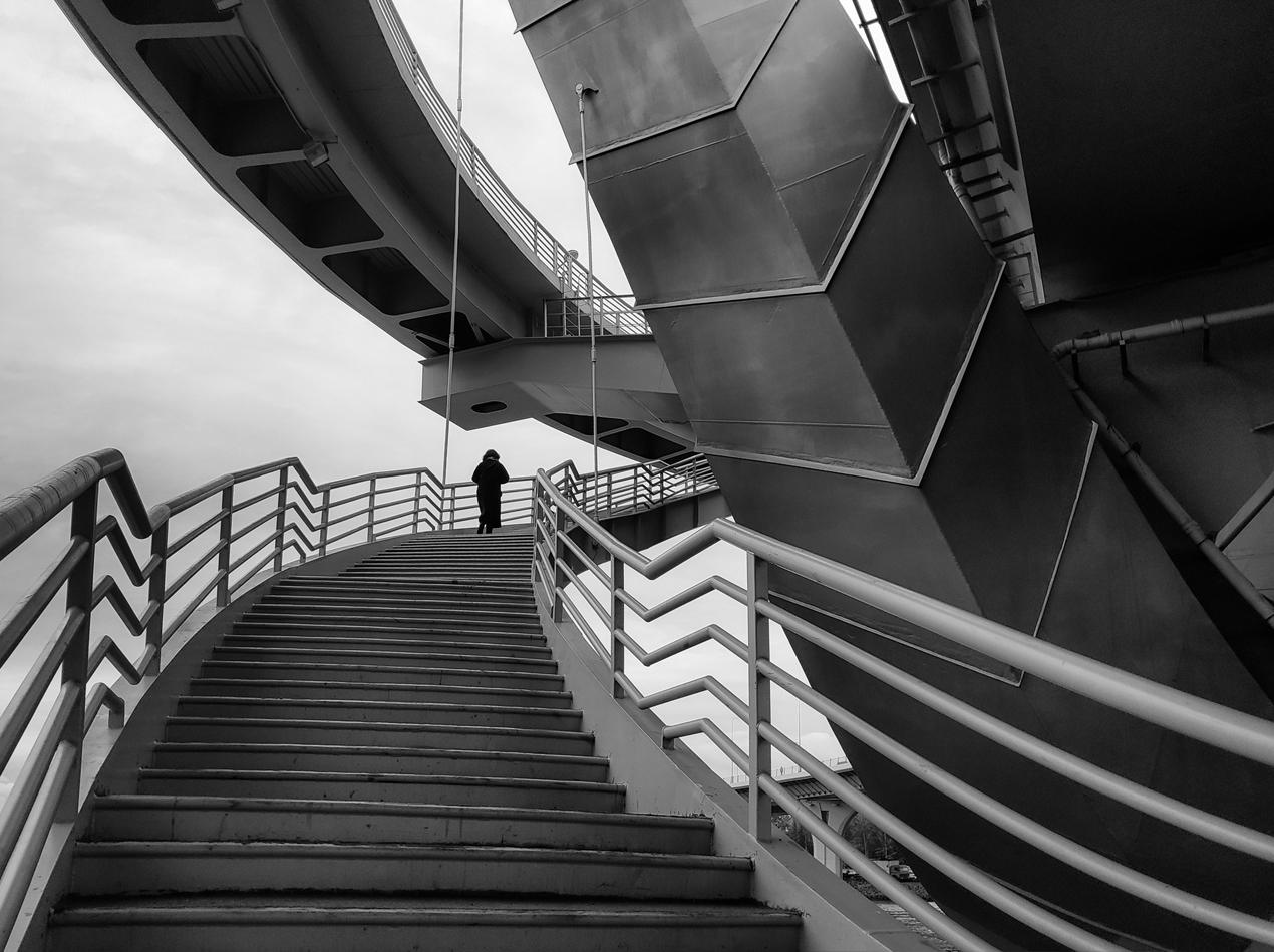 "photo ""***"" tags: architecture, black&white, Мобилкография, Петербург, конкурс, мост Бетанкура"