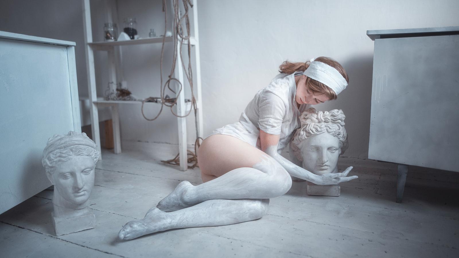 "photo ""Marble"" tags: portrait, glamour, interior, Art, Krasnodar, Russia, beauty, creativity, girl, gypsum, model, paint, sculpture, Краснодар, гипс, искусство, краска, красота, модель, скульптура, творчество"