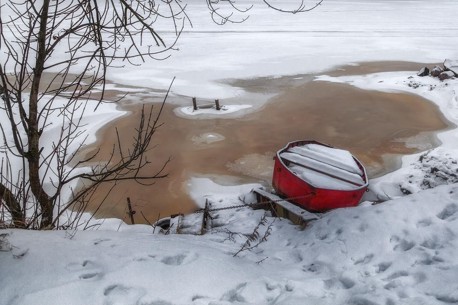 """фото """"Зимний сон красной лодочки..."""" метки: пейзаж, природа,"""