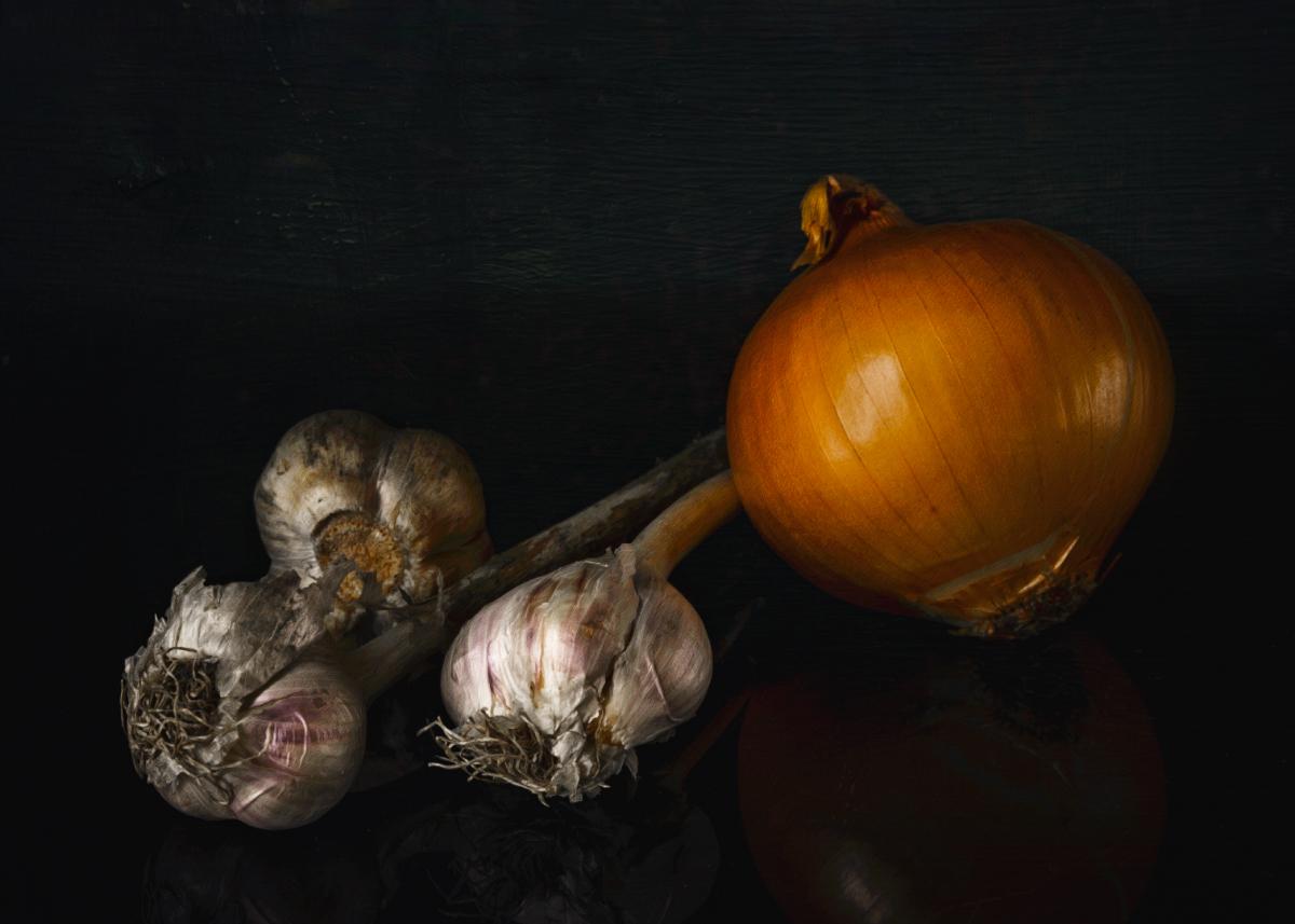 "photo ""Vegetables"" tags: still life, Чеснок, лук, овощи"