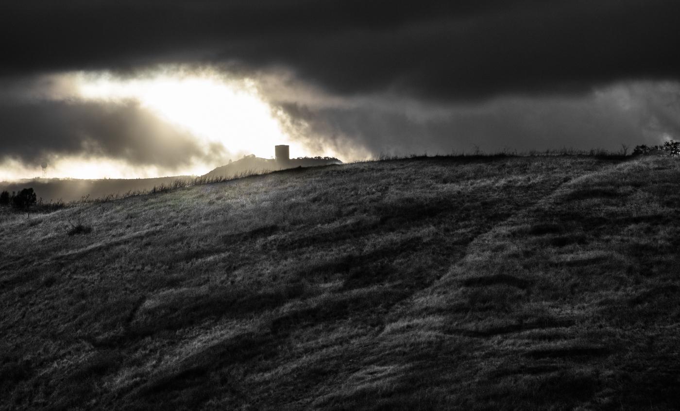 """photo """"Место радара времён Холодной войны."""" tags: architecture, black&white, Umunhum"""