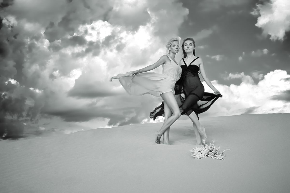 """photo """"...#3273..."""" tags: glamour, black&white,"""
