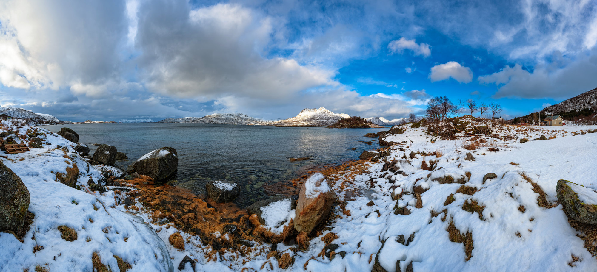 "photo ""***"" tags: landscape, panoramic, Europe, mountains, water, winter"