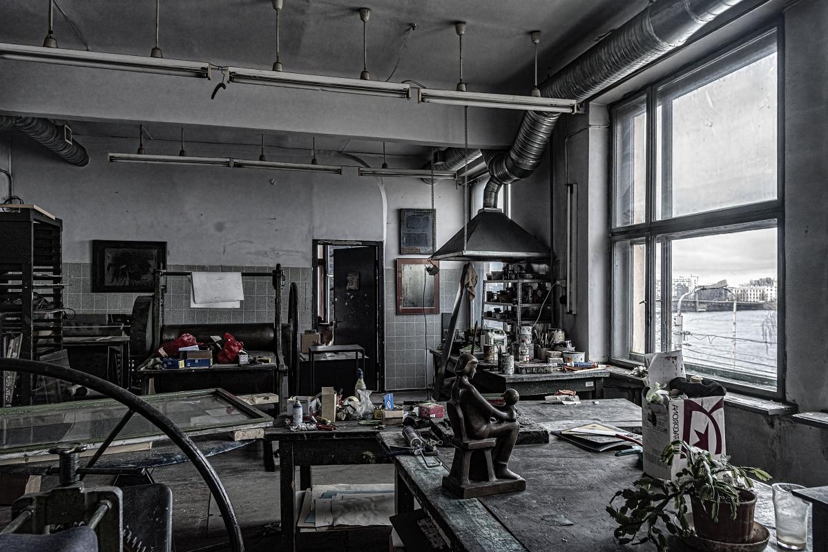 "photo ""Art Workshop"" tags: interior,"