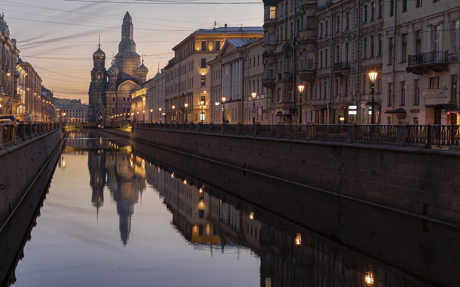 "photo ""Канал Грибоедова."" tags: architecture,"