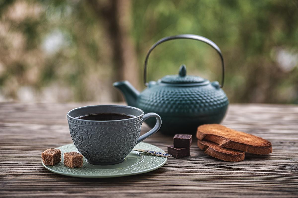 "photo ""Tea"" tags: still life, сахар, сухарики, чай, чайник, чашка, шоколад"