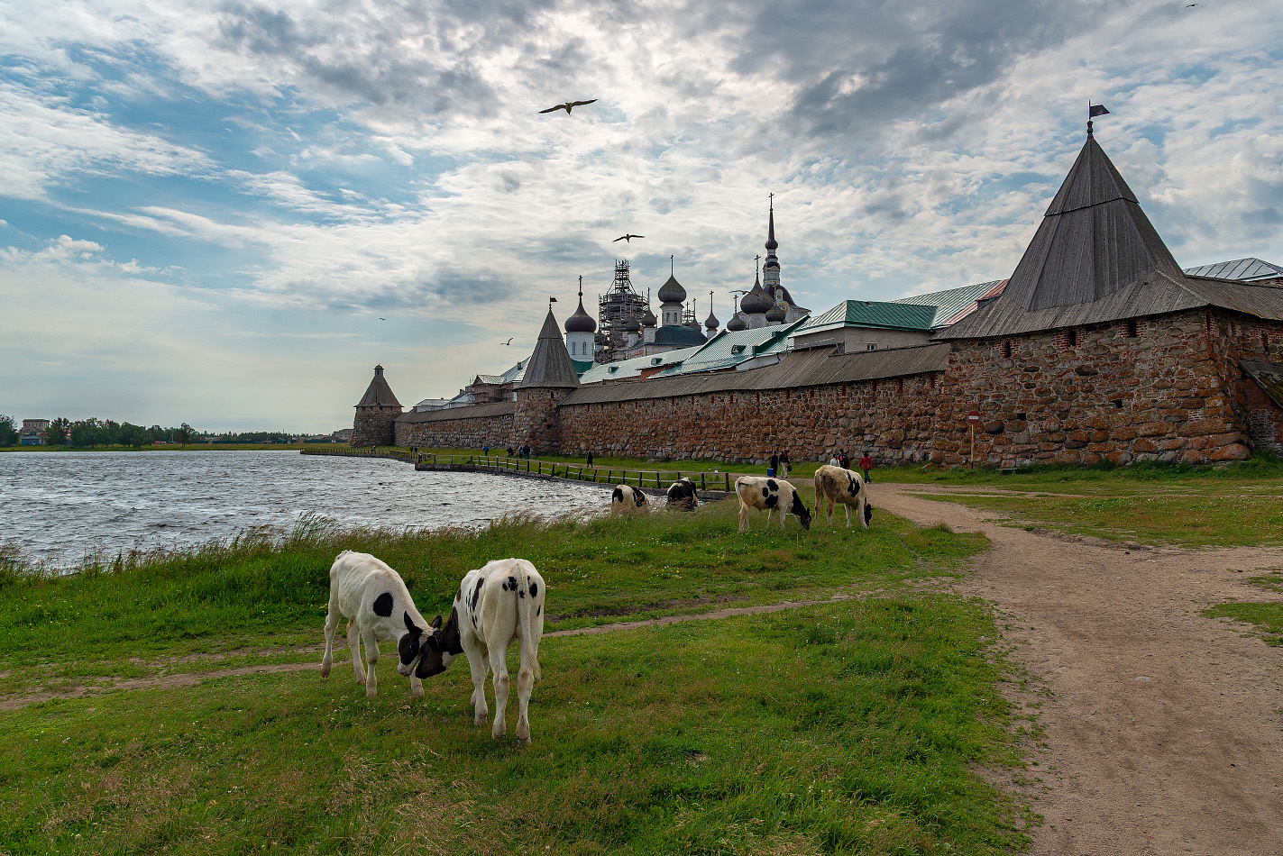 "photo ""***"" tags: landscape, travel, White Sea, island, summer, монастырь, путешествие"