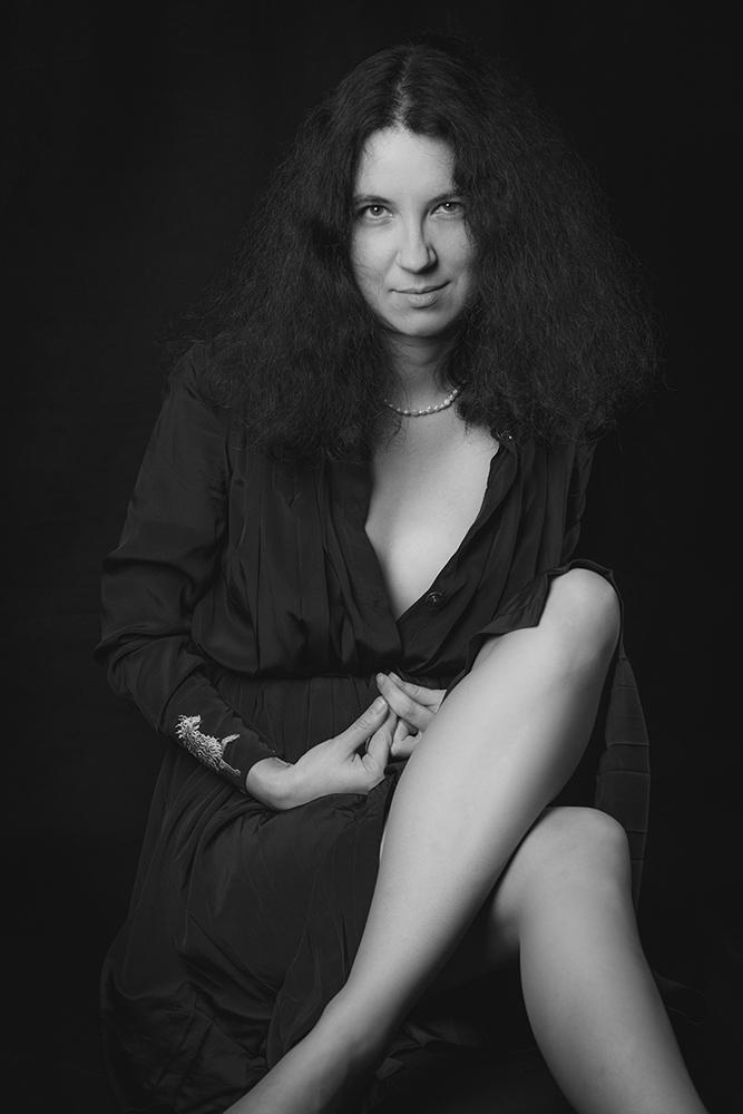 "photo ""***"" tags: portrait, black&white, old-time, colour, light, woman, красота, студийноефото, фото, фотограф, фотограф. фото"