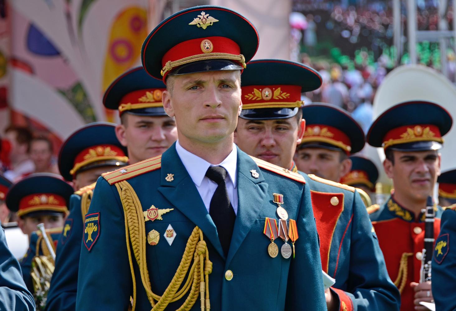 """photo """"***"""" tags: portrait, Коломенское, армия, артисты, оркестр"""