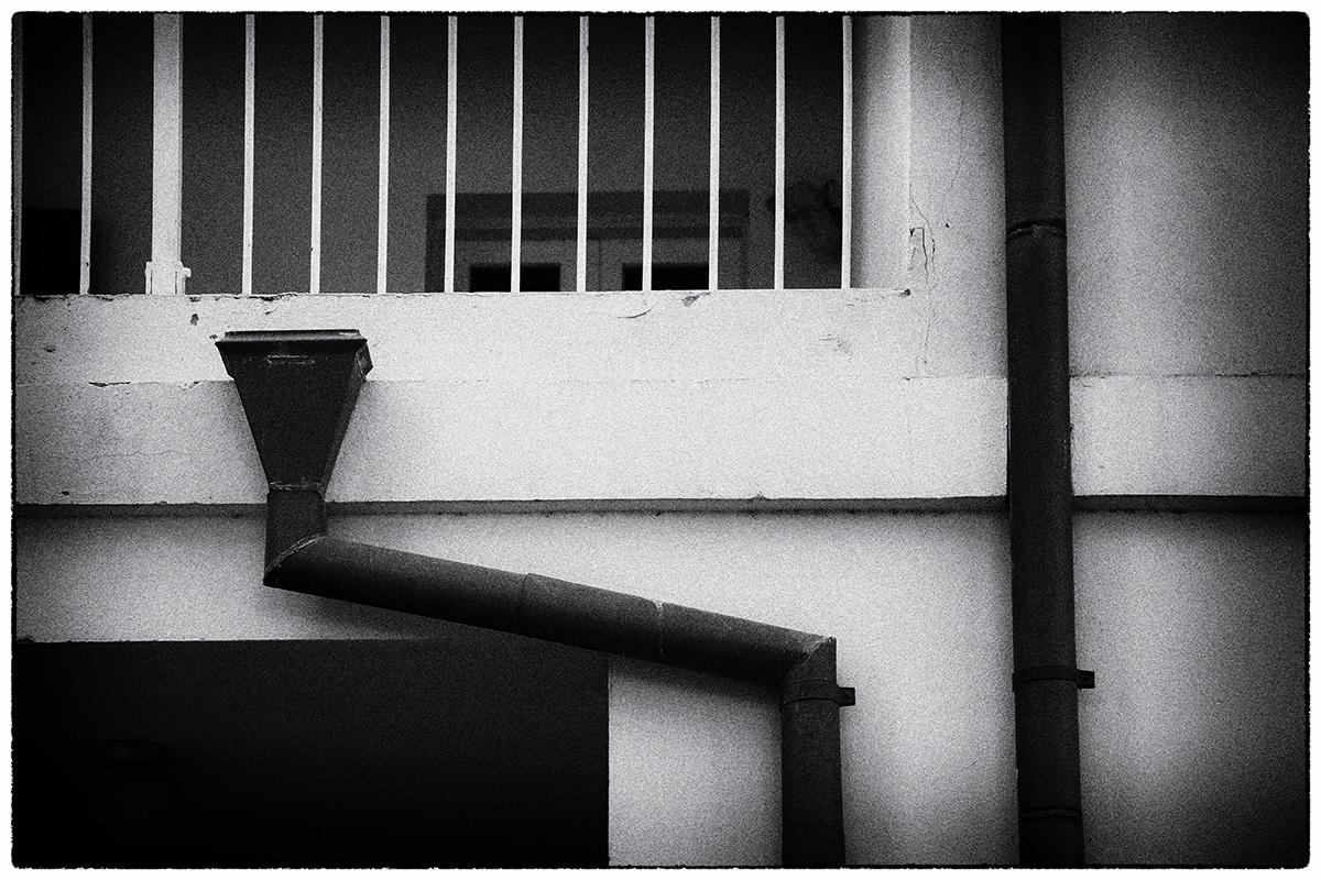 """photo """"Nocturne"""" tags: travel, architecture, black&white, Маяковский водосточные трубы"""