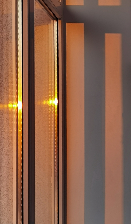 """photo """"Lines"""" tags: abstract, fragment,"""