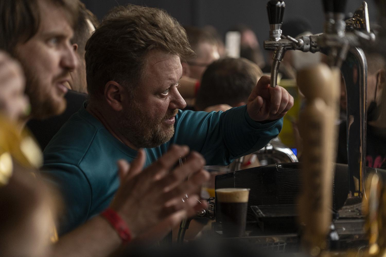 "photo ""На фестивале крафтового пива"" tags: reporting,"