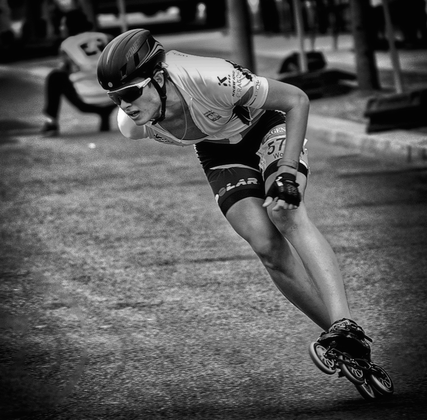 """photo """"***"""" tags: black&white, sport, reporting,"""