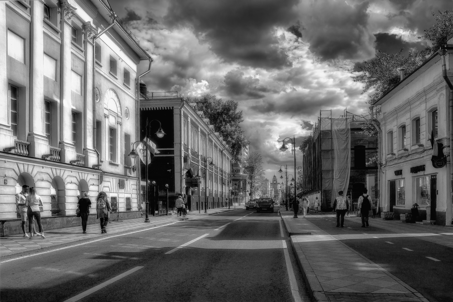 """photo """"***"""" tags: city, street, architecture,"""
